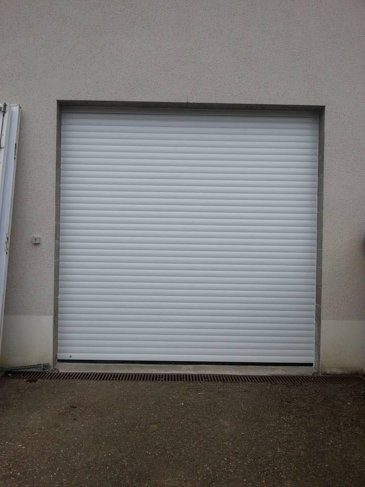 Porte de garage Enroulable ral 7016