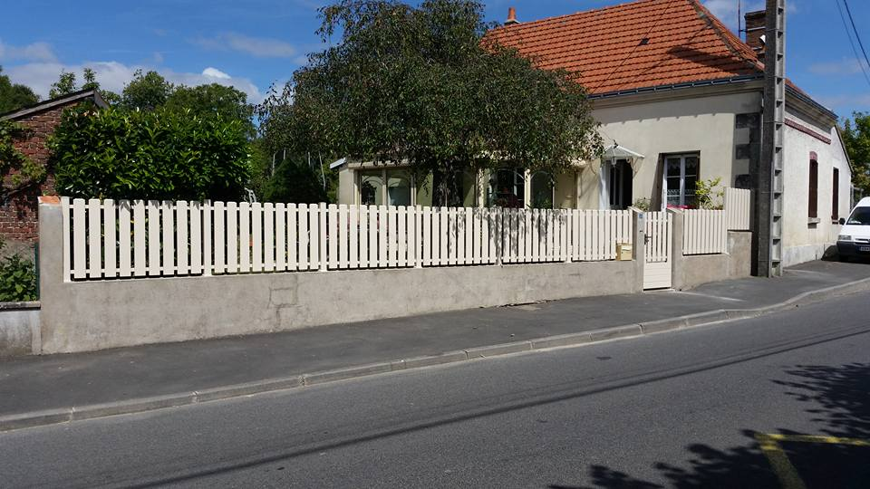 cloture portail Pvc beige