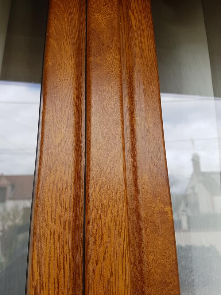 Battement central de fenêtre Plaxé chêne doré
