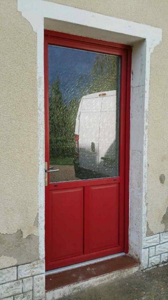 Porte Pvc couleur rouge sang de boeuf